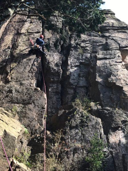 堡塁岩クライミング