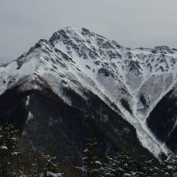 8. 目的の塩見岳は遠い。