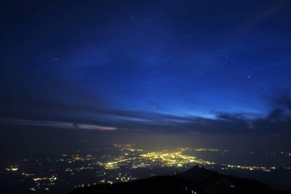 星空と米子の夜景①
