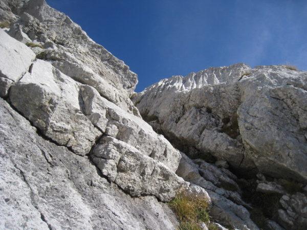 07_7ピッチ目、岩の弱点を突くルート