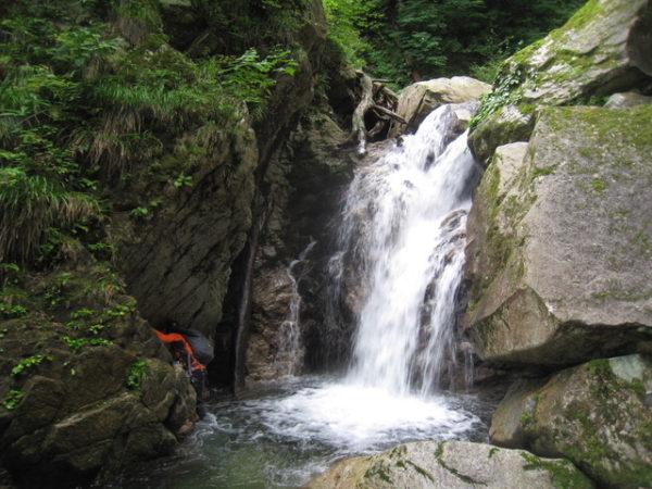 01_魚止めの滝